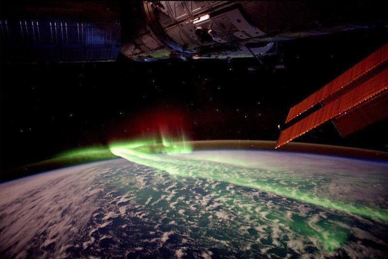 NASA Live: Official Stream of NASA TV - Nasa  ao vivo no espaço em canal do youtube!